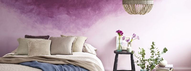 Get a dreamy look with this purple colour scheme using deep plums and light lilacs, achieved with an amazing ombre painting effect.