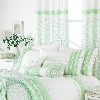 vintage-pencil-pleat-curtains-green-0_1